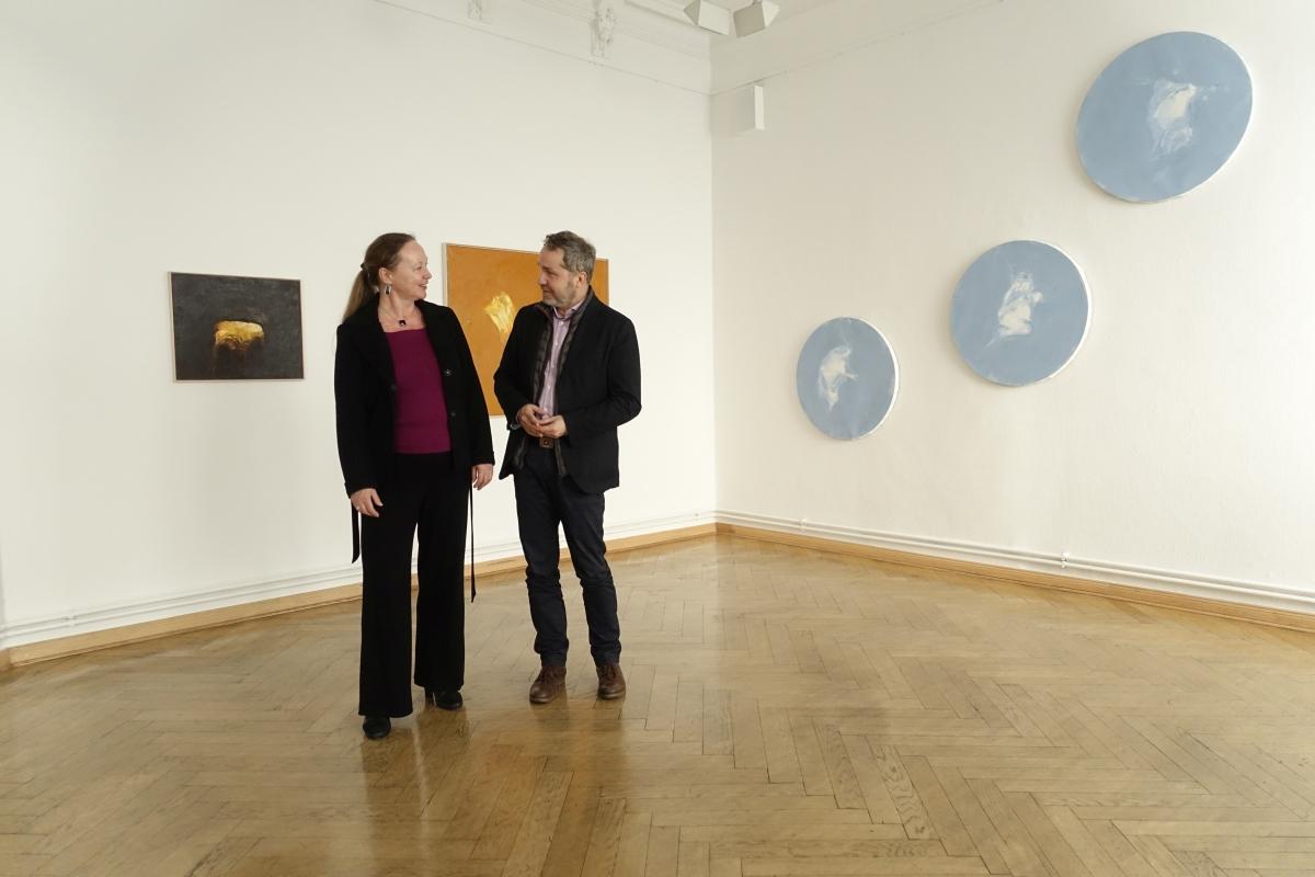 Neuer Bürgermeister besucht Ausstellung von Mark Lammert